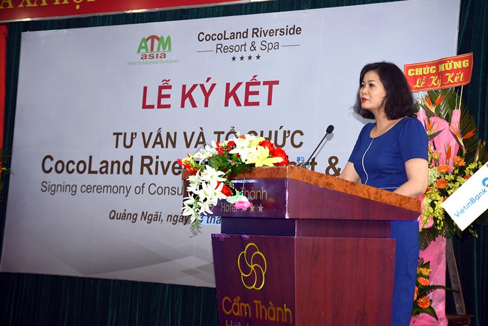 Bà Huỳnh Thị Phương Hoa - Phó giám đốc Sở VH,TT&DL phát biểu tại buổi lễ